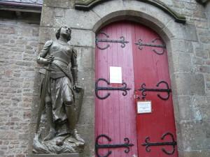 サン・ピエール教会入口