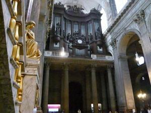 サン・シュルピス教会のパイプオルガン1