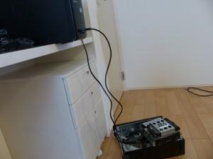 SX2850-H52E/LのHDDにSATA-USB変換ケーブルをつないだの図2